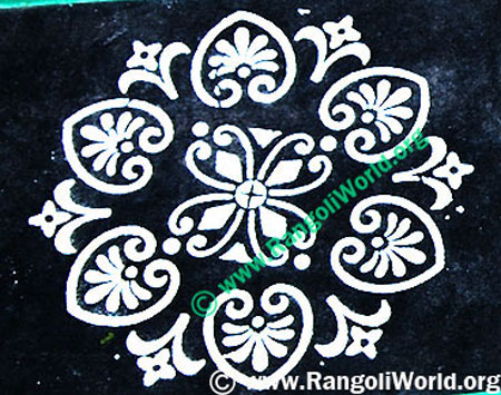simple rangoli using instrument 3