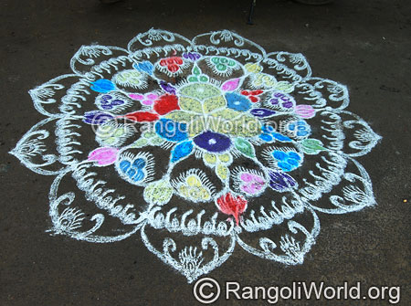 Flower rangoli with double strokes