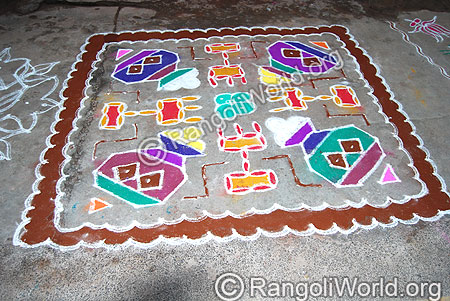 Pongal Theme Kolam With Traditional lamp