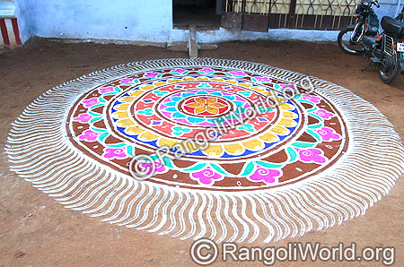 Freehand Rangoli with two stroke stripes outline